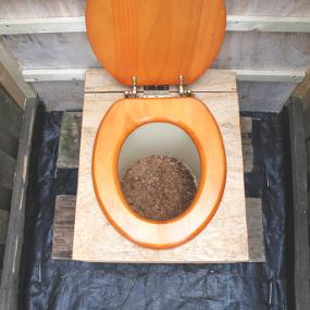 Build It Back Green: Green Building Guide - Water - Compost Toilets ...